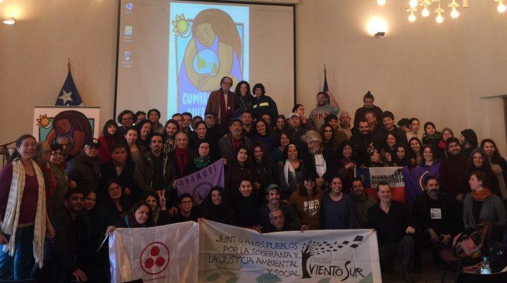 Cumbre de los pueblos congregó a representantes de Chile y el mundo en su acto de lanzamiento público