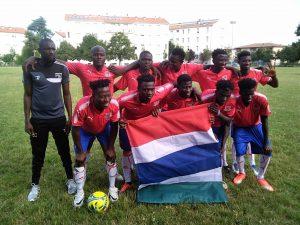 Reggio Emilia, partita di calcio tra migranti del Gambia e della Nigeria