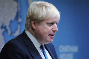 Boris Johnson le pide a la reina que suspenda el Parlamento
