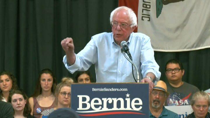 Ο Bernie Sanders παρουσίασε πράσινο συμβόλαιο για την αποτροπή της καταστροφής του κλίματος