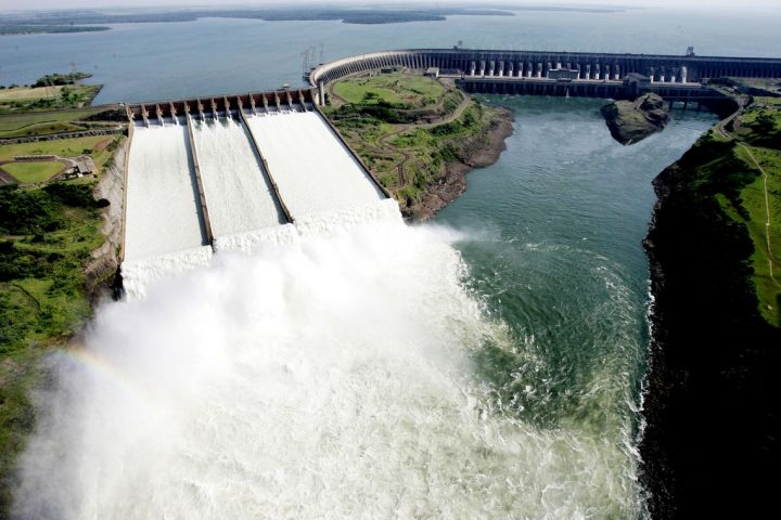 Negociação sobre energia de Itaipu não foi secreta, dizem ministérios