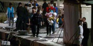 """Mare Jonio, donne e bambini sbarcati a Lampedusa. In 34 ancora 'bloccati', l'allarme dalla nave: """"Manca l'acqua"""""""