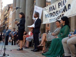 I pacifisti italiani ricordano Hiroshima chiedendo il disarmo nucleare
