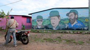 Colombia: exrebeldes de las FARC asesinados en bombardeo