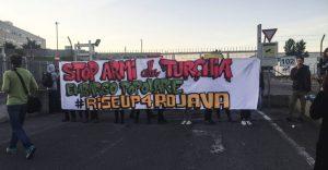 """""""Stop armi alla Turchia, embargo popolare"""": blitz per fermare l'invio di un cannone da 600 colpi al minuto"""