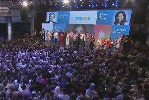 Alberto Fernández remporte les élections et devient Président de l'Argentine