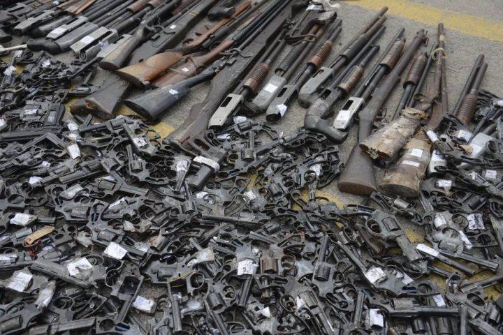 Estatuto do desarmamento limita multiplicação da violência, diz sociólogo