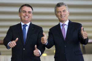 Argentina: As vidas de um gato não bastariam a Mauricio Macri na luta pela reeleição