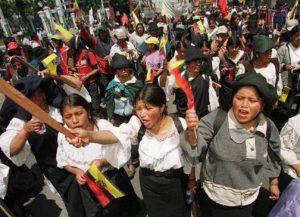 Ecuador: los transportistas negocian. El paro continúa y cambian los protagonistas