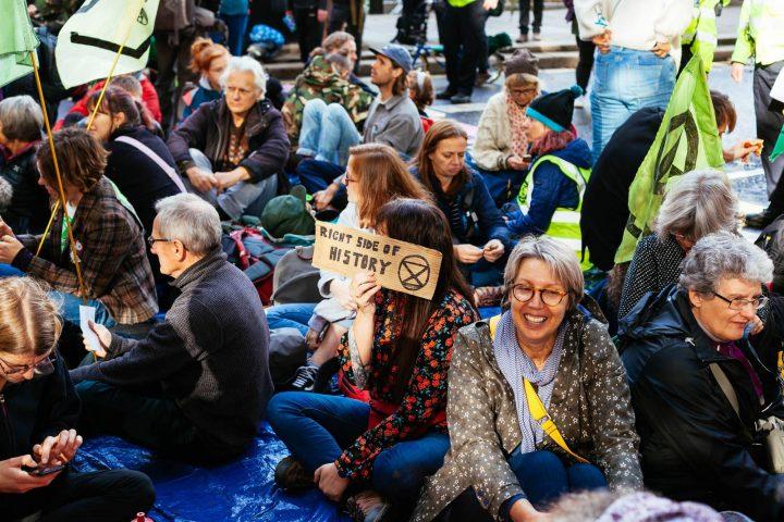 Extinction Rebellion protest in London continues despite ban. Journalist George Monbiot arrested