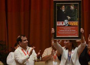 Encontro Anti-imperialista em Havana entrega 2 mi de assinaturas pela liberdade de Lula