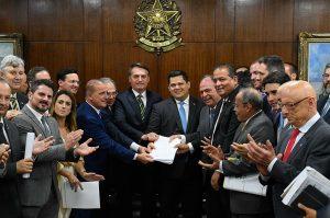 Ponto a ponto: Entenda o pacote de Bolsonaro que coloca o Estado a serviço do mercado