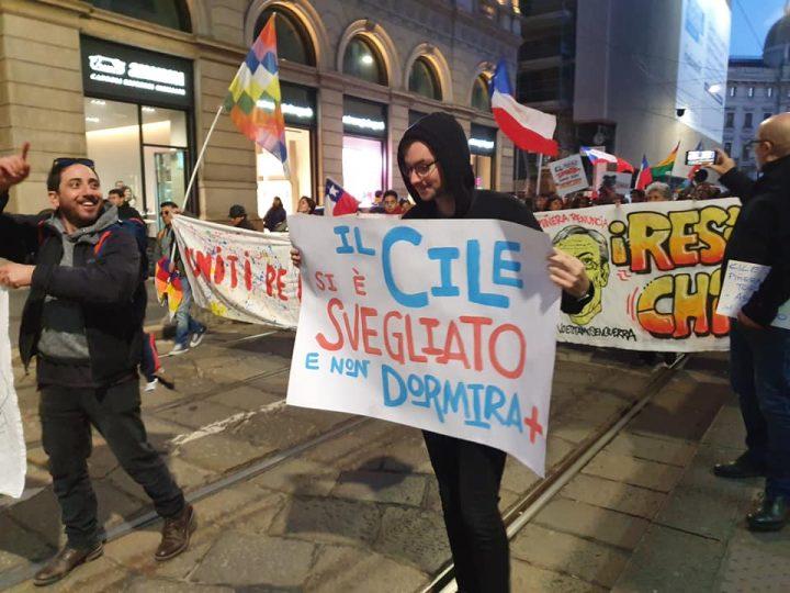 Manifestazioni di solidarietà con il popolo cileno in dieci città italiane