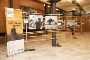 La exposición fotográfica «El infvierno Serbio» se inaugura en Barcelona