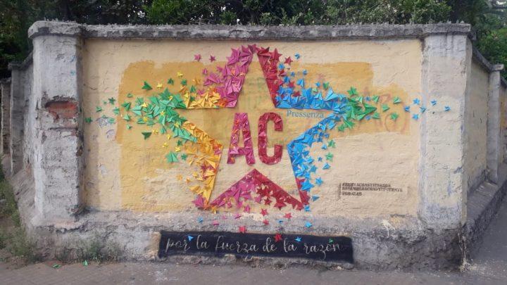 [Assemblée constituante] Chili : peintures et graffitis sur les murs de Santiago