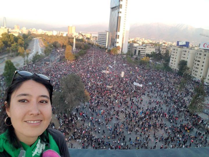 Santiago del Cile, migliaia di dimostranti per la Dignità