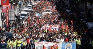 Γαλλία: χιλιάδες εργαζόμενες και εργαζόμενοι σε απεργία