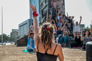 Massenmeditation in Chile: der leise Protest des Tages 101