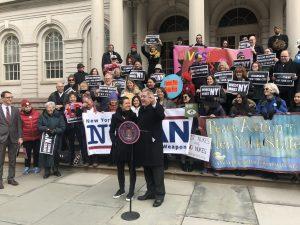 Audience du conseil municipal de New York sur la déclaration de la ville comme zone exempte d'armes nucléaires