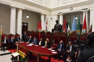 Bolivia: la CIA ya teje la trama para el fraude