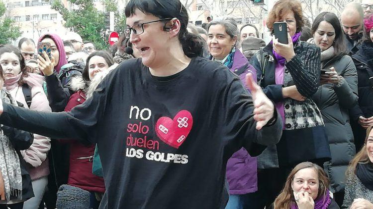 Pamela Palenciano: Per què l'extrema dreta espanyola apunta contra ella?