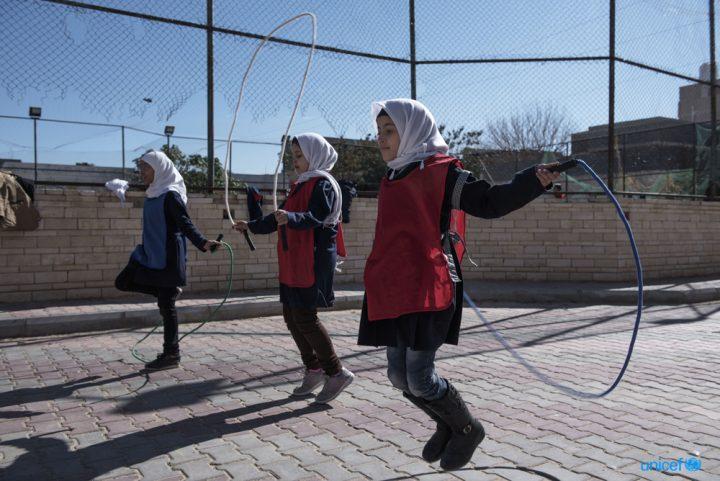 Libia: 5 scuole distrutte e 210 chiuse a causa dei combattimenti a Tripoli e nei dintorni. Oltre 115.000 bambini senza istruzione