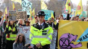 Royaume-Uni : Extinction Rébellion accusé d'être un mouvement terroriste par la police