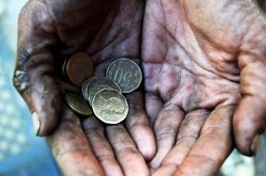 Los 22 hombres más ricos del mundo tienen más dinero que todas las mujeres de África