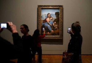 Histórica exposición de Leonardo Da Vinci hará que el Louvre amanezca con sus puertas abiertas