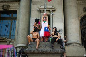 Nacimos cuando morimos: #8M en Santiago de Chile
