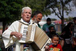 [Chile] Muere Mariano Puga, el cura obrero que luchó contra la dictadura