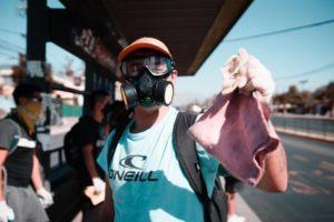 [Chile] Jóvenes de la Primera Línea en la desinfección