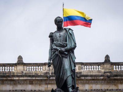 Die Ideale von Zapata, Sandino, Marti, Castro und Chávez leben!