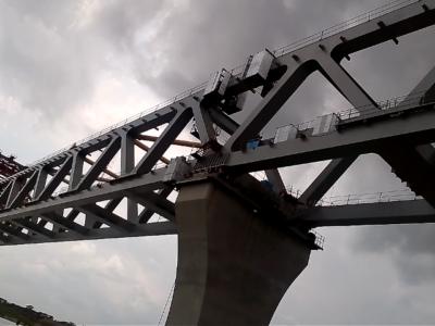 Time at building PADMA BRIDGE, the Big Bridge in Bangladesh l.. length about 7 km. Source: Wikimedia Commons