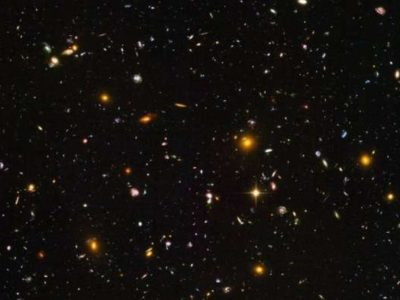 Hubble took pictures of the oldest galaxies it could – seen here – but the James Webb Space Telescope can go back much farther in time.